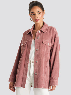 NA-KD Trend Oversized Raw Hem Corduroy Jacket rosa