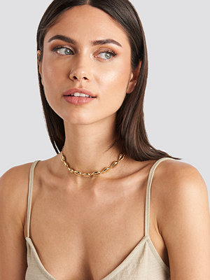 NA-KD Accessories smycke Short Cowrie Shell Necklace guld