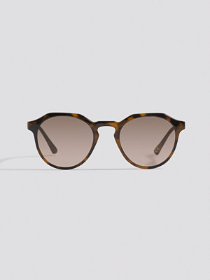 Solglasögon - NA-KD Accessories Round Edged Sunglasses brun