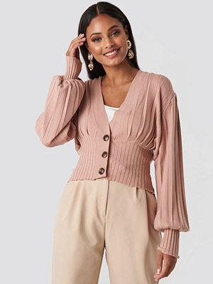 NA-KD Trend Short Ribbed Cardigan rosa