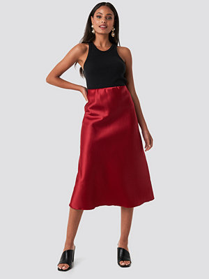 Trendyol Yol Satin Skirt röd