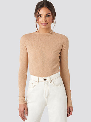 NA-KD Trend High Neck Basic Top beige