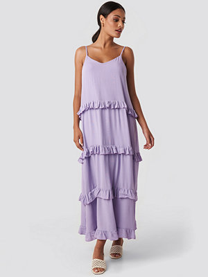 Trendyol Ruffle Detailed Maxi Dress lila