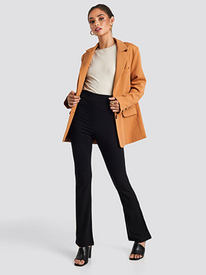 Leggings & tights - NA-KD High Waist Straight Leg Jersey Pants svart