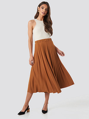 Trendyol Midi Pleated Skirt brun