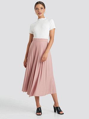 Trendyol Midi Pleated Skirt rosa