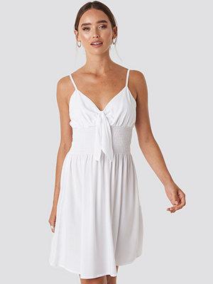 NA-KD Front Knot Mini Dress vit
