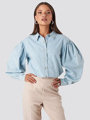 NA-KD Puff Sleeve Denim Shirt blå