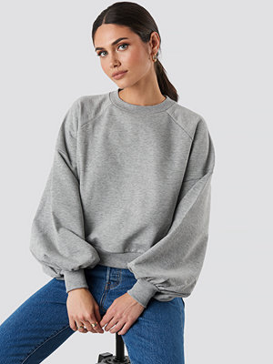 NA-KD Balloon Sleeve Sweatshirt grå