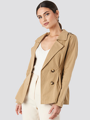 NA-KD Short Marked Waist Trench Coat beige
