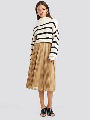 NA-KD Pleated Midi Skirt beige