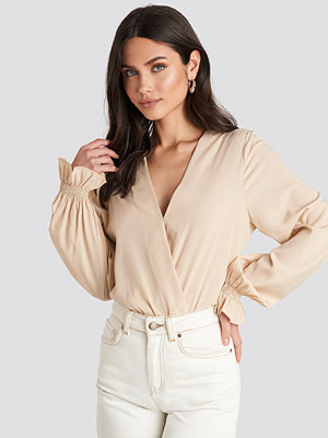 NA-KD Wrap Over Blouse beige