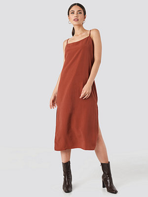 Beyyoglu Tencel Maxi dress röd