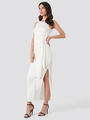 NA-KD Trend Belted Maxi Jersey Dress vit