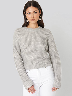 NA-KD Folded Sleeve Round Neck Knitted Sweater grå
