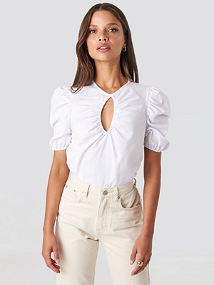 NA-KD Trend Short Puff Sleeve Keyhole Front Blouse vit