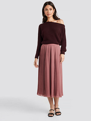 NA-KD Pleated Long Skirt rosa