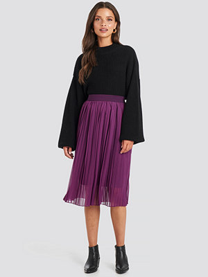 NA-KD Midi Pleated Skirt lila
