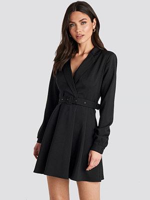 NA-KD Party Blazer Belted Mini Dress svart