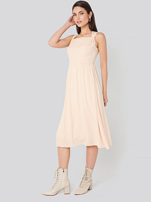 Trendyol Milla Shoulder Detail Midi Dress beige