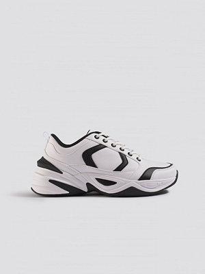 Sneakers & streetskor - Emilie Briting x NA-KD Street Chunky Sneaker vit