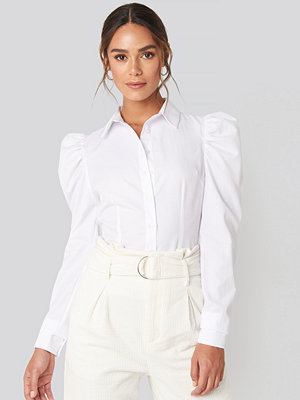 Hanna Weig x NA-KD Puffy Shoulder Shirt vit