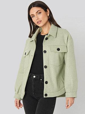 NA-KD Front Pocket Oversized Jacket grön