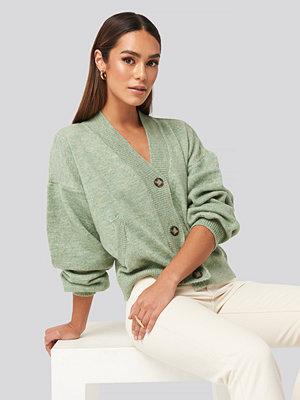 Cardigans - NA-KD Trend Short Button Front Cardigan grön