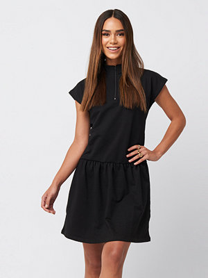 Trendyol Zip Detailed Mini Dress svart