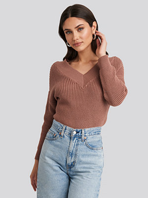 NA-KD V-Neck Wide Rib Knitted Sweater rosa