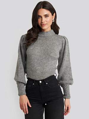 NA-KD Puff Sleeve Wide Neck Knitted Sweater grå