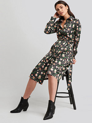 NA-KD Belted Wrap Midi Dress multicolor