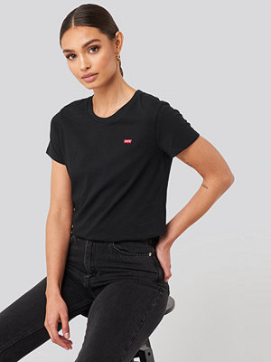 Levi's Perfect Tee Small Batwing svart