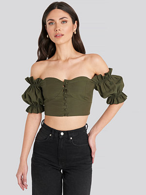 Trendyol Off Shoulder Button Detailed Cropped Top grön