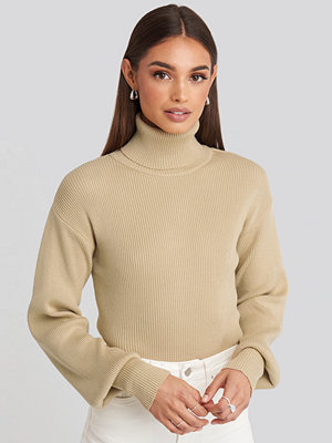 Hoss x NA-KD Drop Shoulder Sweater beige
