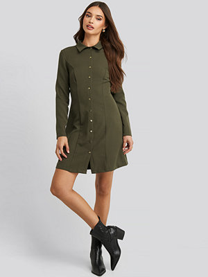 Trendyol Midi Buttoned Shirt Dress grön