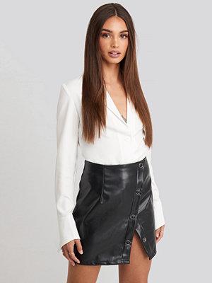 Kjolar - Hoss x NA-KD Buttoned Wrap Skirt svart