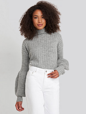 Trendyol High Neck Puff Sleeve Knitted Sweater grå