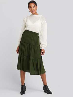 Trendyol Ruffle Detailed Midi Skirt grön