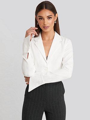 Hoss x NA-KD Wide Cuff Shirt vit
