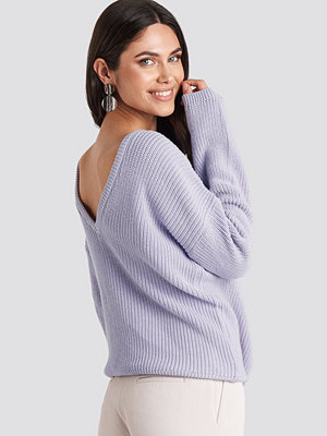 NA-KD Knitted Deep V-neck Sweater lila
