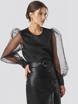 Tina Maria x NA-KD Puffy Sleeve Organza Blouse svart