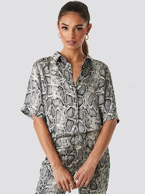 Rut & Circle Lea Snake Shirt grå