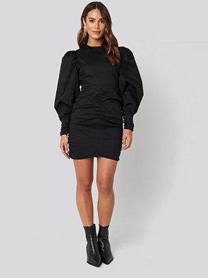 NA-KD Boho Puff Sleeve Mini Dress svart