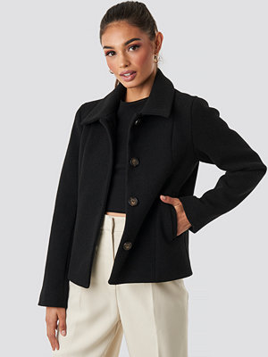 Rut & Circle Tuva Short Coat svart