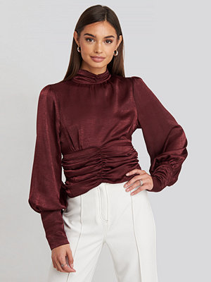 NA-KD Party Polo Wide Cuff Blouse röd