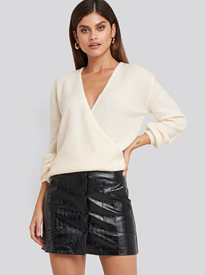 NA-KD Trend Embossed Croco Pu Mini Skirt svart