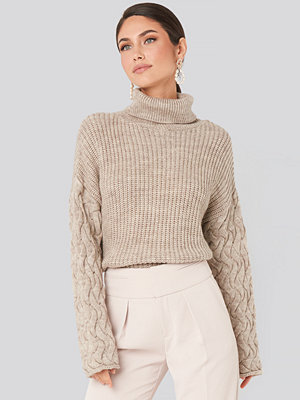 NA-KD Cable Sleeve High Neck Sweater beige