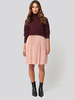 NA-KD Short Pleated Skirt rosa