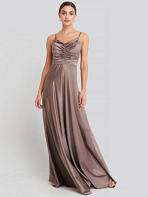 Trendyol Neckline Detailed Evening Dress lila